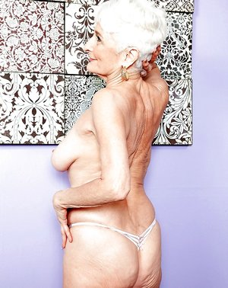 Hot Grannies Porn Pics