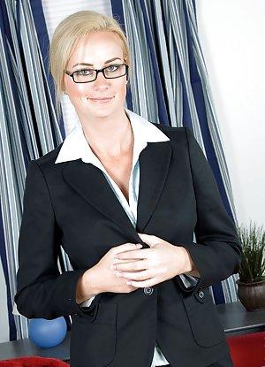Granny in Glasses Porn Pics
