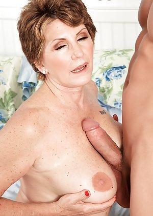 Granny Titjob Porn Pics