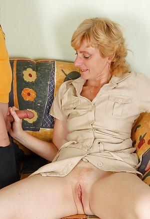 Granny Handjob Porn Pics
