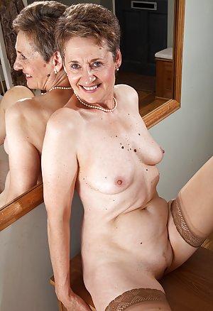 Voyeur Porn Pics