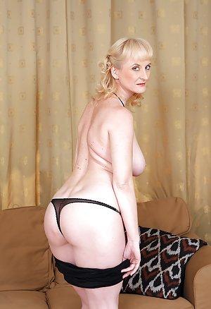 Granny Panties Porn Pics