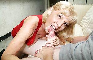 Granny Cumshots Porn Pics