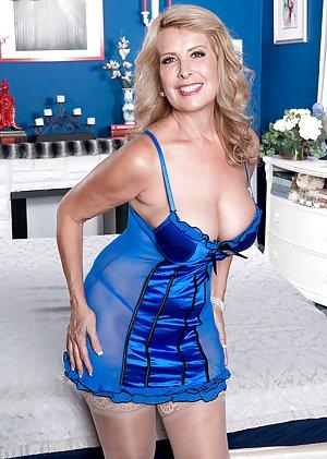 Granny Pornstars Porn Pics