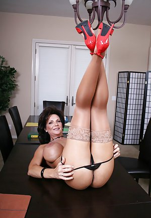Granny Tits Porn Pics