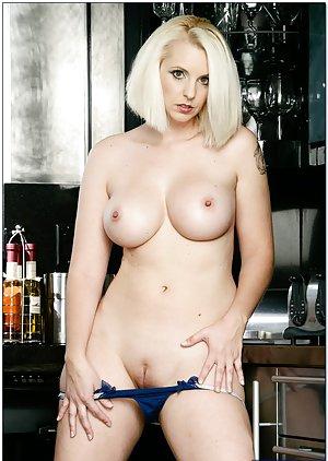 Cant Sarah Michelle Geller Bikini love big cocks