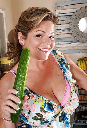 Kitchen Porn Pics