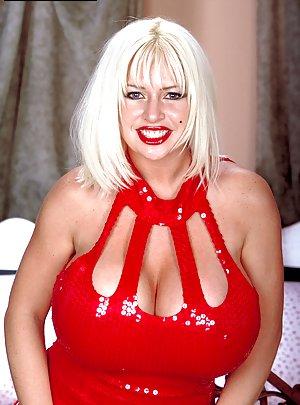 Granny in Latex Porn Pics