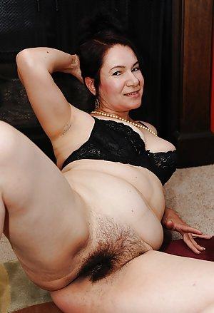 Hairy Granny Porn Pics